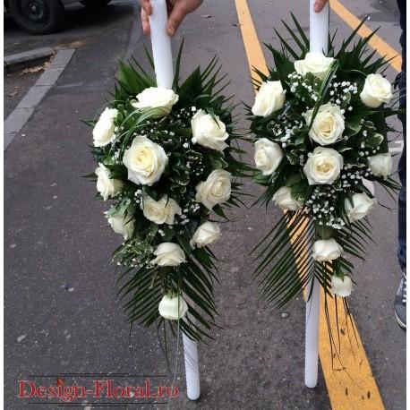 Lumanari de nunta clasice din trandafiri albi