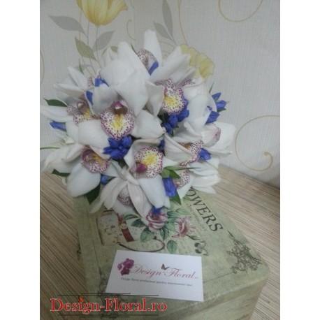 Buchet mireasa orhidee si Gentiana