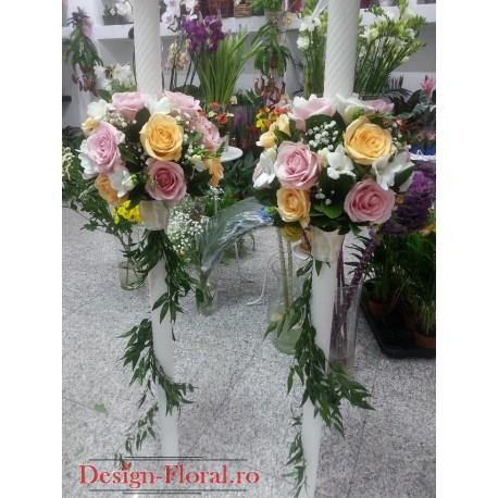 Lumanari de nunta ghirlanda din trandafiri
