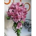 Buchet curgator din orhidee