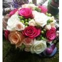 Buchet mireasa trandafiri colorati