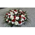 Aranjament funerar trandafiri rosii