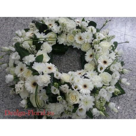 Aranjament funerar trandafiri albi