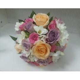 Buchet de mireasa trandafiri lila
