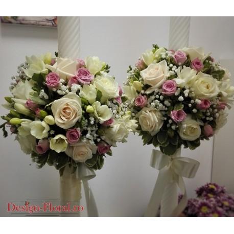 Lumanari de nunta trandafiri si minirose