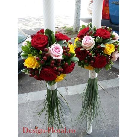 Lumanari de nunta trandafiri si Hypericum