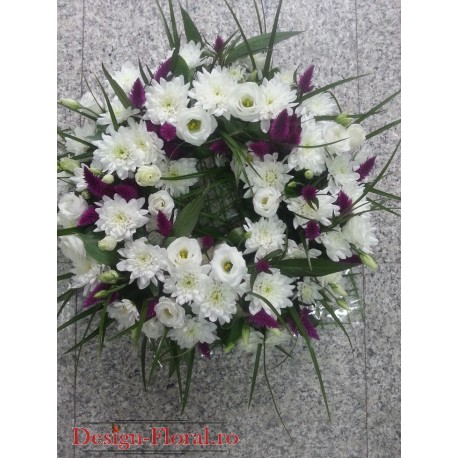 Aranjament funerar lisinathus si crizanteme