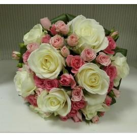 Buchet cununie trandafiri si minirose