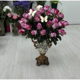 Aranjament floral trandafiri mov