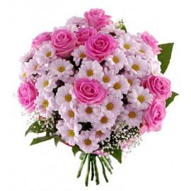 Buchet floral margarete si trandafri