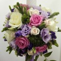 Lumanare botez trachelium si trandafiri