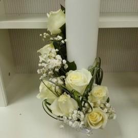 Lumanare botez scurta trandafiri albi