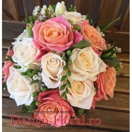 Buchet mireasa trandafiri si wax flower