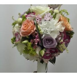 Lumanari nunta in tonuri pastelate