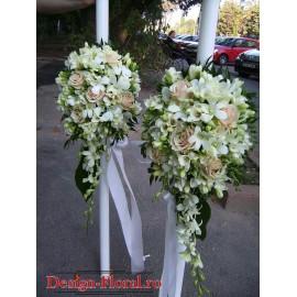Lumanari de nunta din frezii, trandafiri si orhidee