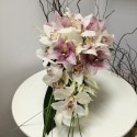 Buchet mireasa curgator astilbe si orhidee