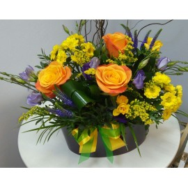 Aranjament floral in vas ceramic
