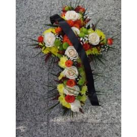 Aranjament funerar trandafiri si santini
