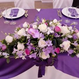 Aranjament prezidiu frezii lila