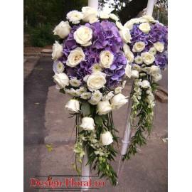 Lumanari nunta curgatoare din hortensie, trandafiri si orhidee