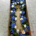 Aranjament cristelnita hortensie si trandafiri