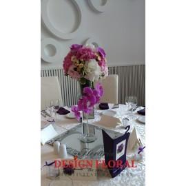 Aranjament masa spectaculos hortensii si orhidee