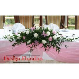 Aranjament de prezidiu trandafiri