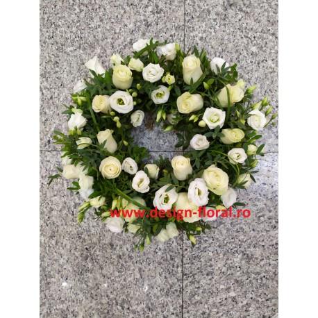 Cororana funerara trandafiri si lisianthus alb