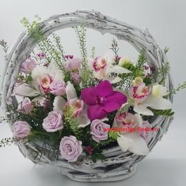 Aranjament floral deosebit
