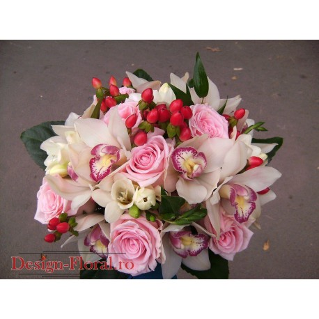 Buchet de mireasa mix flori