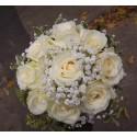 Buchet mireasa trandafiri si Gypsophila
