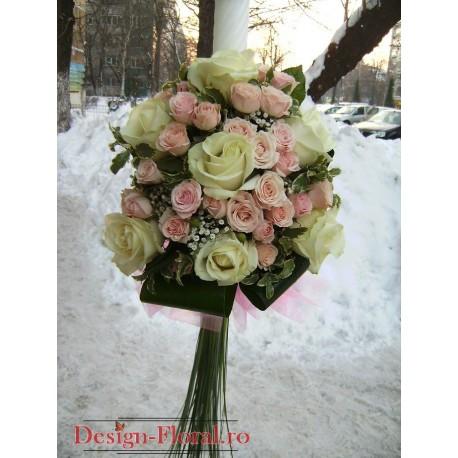 Lumanare botez minirose si trandafiri