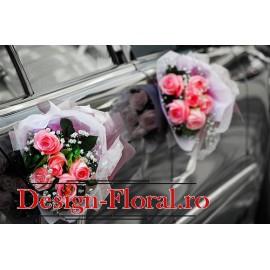 Aranjament floral pentru usi