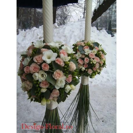Lumanari nunta glob frezii si minirose