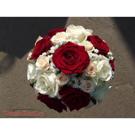 Buchet mireasa trandafiri si minirose