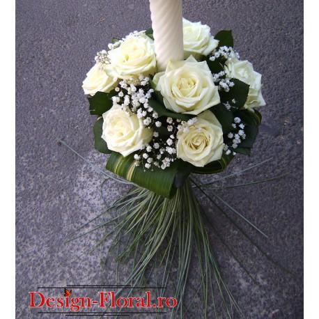 Lumanare botez cu trandafiri albi
