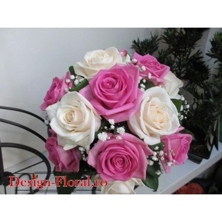 Buchet mireasa mix trandafiri