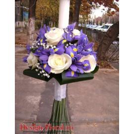 Lumanare botez baiat din iris si trandafiri