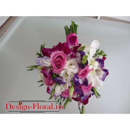 Buchet mireasa trandafiri si mix de orhidee